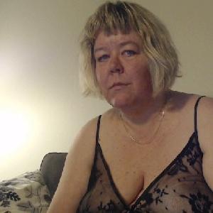 alte Blondine über 60